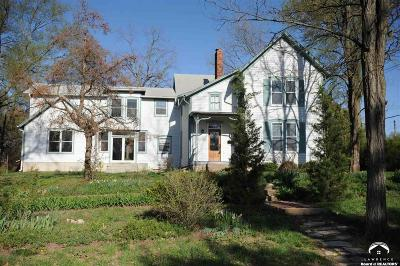 Lawrence Single Family Home For Sale: 1428 Connecticut Street