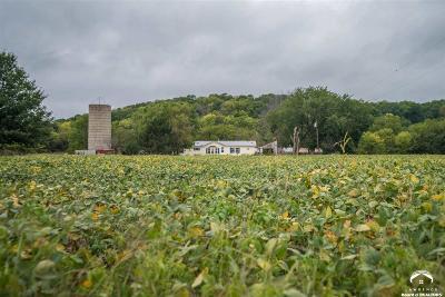 Oskaloosa Single Family Home For Sale: 9207 Nemaha Road