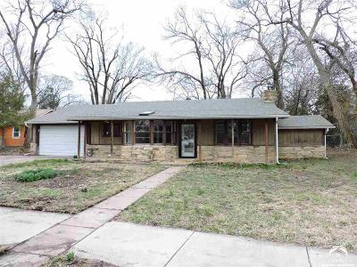Lawrence KS Single Family Home For Sale: $129,500