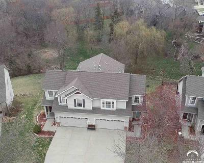 Lawrence KS Single Family Home For Sale: $219,900