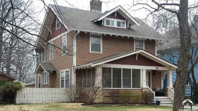 Topeka Single Family Home For Sale: 319 SW Kendall Ave