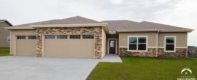 Eudora Single Family Home For Sale: 2702 S Fir Terrace