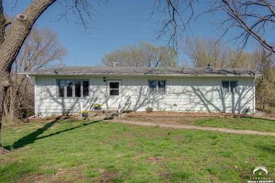 Lecompton Single Family Home Under Contract/Taking Bu: 510 E 7th Street