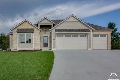 Lawrence Single Family Home For Sale: 5224 Cedar Grove Way