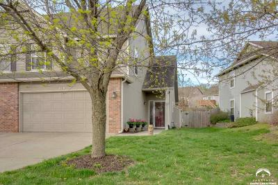 Lawrence Single Family Home Under Contract: 919 N Field Stone Drive