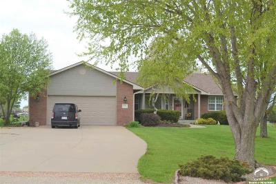 Topeka Single Family Home For Sale: 2131 SW Auburn Road