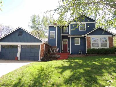 Lawrence KS Single Family Home Under Contract/Taking Bu: $249,900