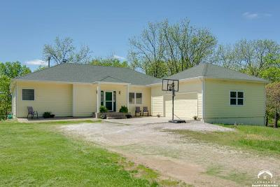 Lawrence Single Family Home For Sale: 1881 E 978 Road
