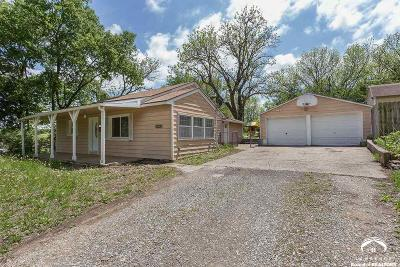 Shawnee County Single Family Home For Sale: 7531 SE Us 40 Hwy