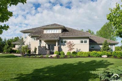 Lawrence Single Family Home For Sale: 1701 Lake Alvamar Dr