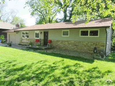 Eudora Single Family Home For Sale: 810 Acorn St