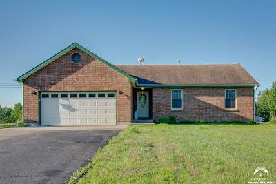 Lawrence Single Family Home For Sale: 18561 Northwind Dr.
