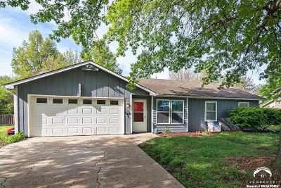 Lawrence KS Single Family Home Under Contract: $165,000
