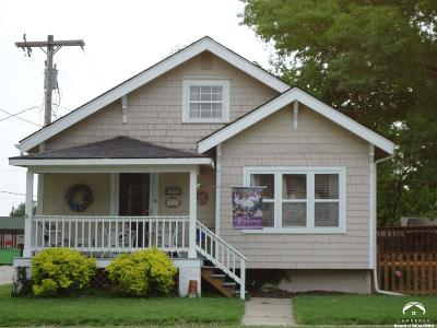 Baldwin City Single Family Home For Sale: 112 6th Street