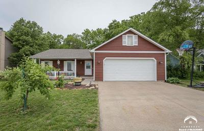 Lawrence Single Family Home For Sale: 3112 Sherwood Dr.