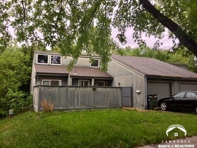Lawrence Single Family Home For Sale: 2704 University Drive