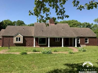 Baldwin City Single Family Home Under Contract: 978 N 640 Rd
