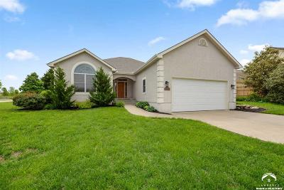 Single Family Home For Sale: 1800 Castle Pine Ct.