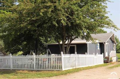 Ozawkie Single Family Home For Sale: 8851 Hickory Ln