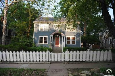 Lawrence Single Family Home Under Contract/Taking Bu: 1632 Massachusetts Street