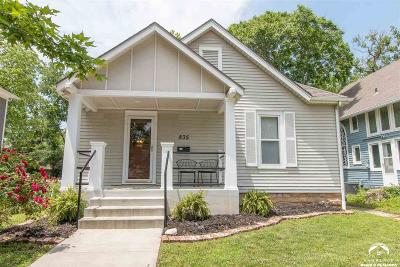 Lawrence Single Family Home Under Contract/Taking Bu: 835 Illinois Street