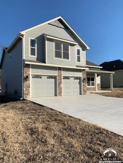 Eudora Single Family Home For Sale: 1610 Maple Terr