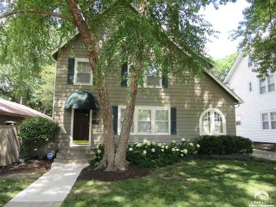 Topeka Single Family Home For Sale: 1714 SW Collins Ave