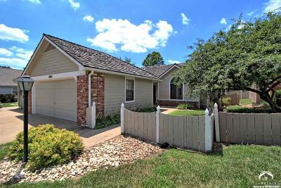 Lawrence Single Family Home For Sale: 905 Moundridge Drive