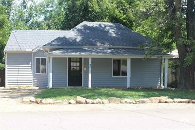 Oskaloosa Single Family Home For Sale: 108 Washington St.