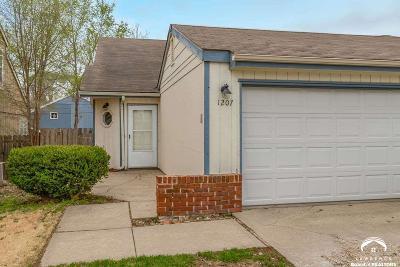 Lawrence KS Single Family Home For Sale: $135,000