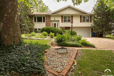 Lawrence Single Family Home For Sale: 2928 Yellowstone Dr.