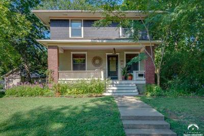 Lawrence Single Family Home Under Contract/Taking Bu: 721 Maine Street