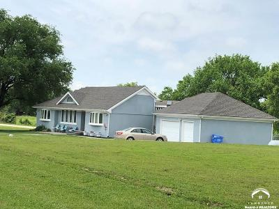 Tonganoxie Single Family Home For Sale: 20801 251st