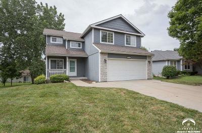 Lawrence Single Family Home For Sale: 2325 Brett Dr