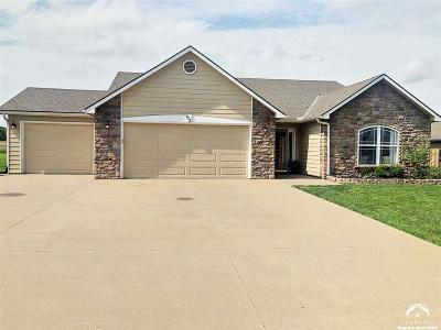 Baldwin City Single Family Home Under Contract/Taking Bu: 932 Bluestem Drive