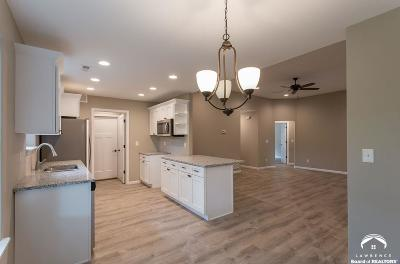Lawrence KS Single Family Home For Sale: $234,500