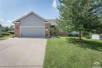 Lawrence KS Single Family Home Under Contract: $289,500