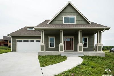 Baldwin City Single Family Home For Sale: 1106 Signal Lake Court