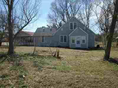 Belvue KS Single Family Home For Sale: $115,000