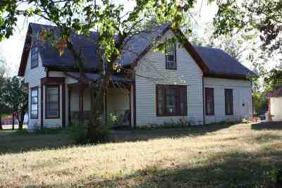 Wabaunsee County Single Family Home For Sale: 316 Elm