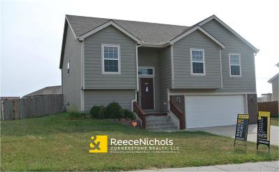 Single Family Home For Sale: 2709 Hackberry