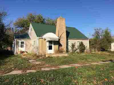 White City Single Family Home For Sale: 110 Adolph