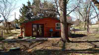 Manhattan Single Family Home For Sale: 5630 Bayer Hill Rd