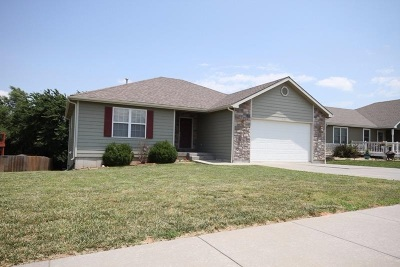 Junction City Single Family Home For Sale: 625 Tallgrass Drive