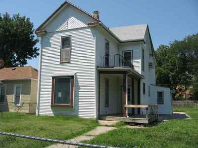 Junction City Single Family Home For Sale: 224 W 2nd