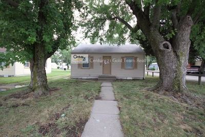 Junction City Single Family Home For Sale: 325 W 18th
