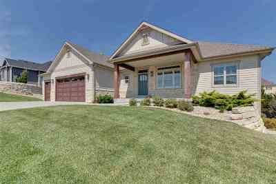 Manhattan KS Single Family Home For Sale: $539,500