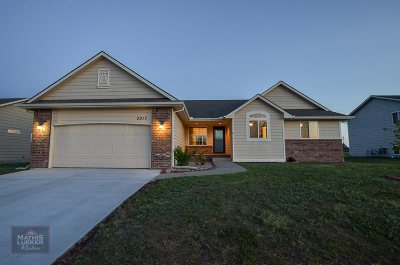 Single Family Home For Sale: 2017 Thompson