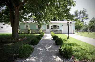 Single Family Home For Sale: 1205 Linda Drive