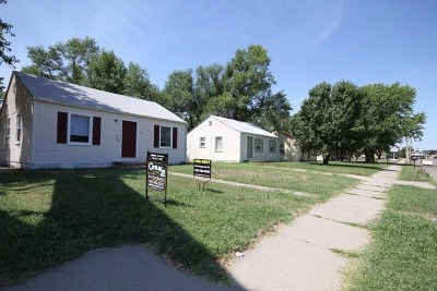 Junction City Single Family Home For Sale: 313-325 W 18th